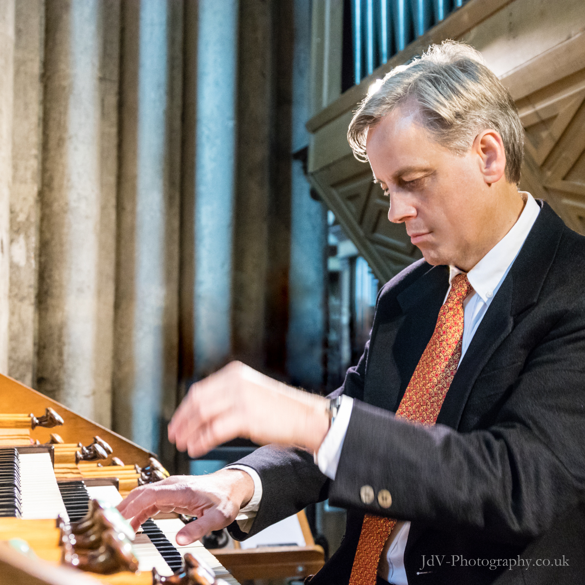David Hirst playing the Merklin organ of Mantes-la-Jolie